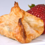 Strawberry and nutella wontons – Pockets of goodness?