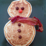 Snowmen pancakes with bacon scarves – Quirky doesn't mean time consuming